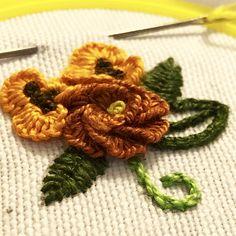 Hand Embroidery Cast on Stitch with two needles... Elişlemesi çift iğne birit tekniği ile yapılmış bir model. Ayrıntılara YouTube kanalımdan ulaşabilirsiniz.