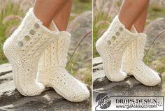 Вязание - рукоделие Crochet Shoes, Knit Crochet, My Socks, Drops Design, Girls Sweaters, Crochet For Kids, Mitten Gloves, Knitting Socks, Leg Warmers