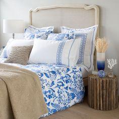 Zara Home New Collection Aqua Bedding, Chic Bedding, Floral Bedding, Collection Zara, Ikea, Zara Home España, Bed Linen Design, Linen Bedroom, Simple Bed