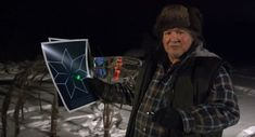 Cree Legend of the Star People: Wilfred Buck who is from Opaskwayak Cree Nation, doesn't teach them about Orion or the North Star. Instead, he tells them about Wesakaychak and Keewatin: the Cree constellation. Indigenous People Of Canada, University Of Saskatchewan, Indigenous Knowledge, University Courses, Medicine Wheel, Canadian History, First Nations, Stargazing, Constellations