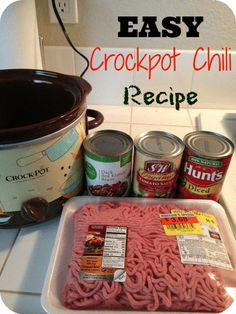 5 ingredient crockpot chili recipe & the easiest you will ever make. Just dump it into your slow cooker in the morning and enjoy for dinner!