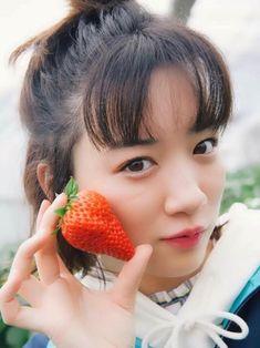 永野芽郁 Nagano, Japan Girl, Aesthetic Pictures, Face And Body, Asian Woman, Idol, Strawberry, Beautiful Women, Actresses