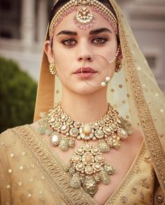 Sabyasachi just launched his 2020 new bridal collection. Sabyasachi Sultana Wedding Lehengas come in gorgeous new shades and you've got to see the dupatta! Bridal Jewellery Inspiration, Indian Bridal Jewelry Sets, Indian Bridal Outfits, Pakistani Bridal Jewelry, Bridal Lehenga, Lehenga Choli, Bridal Collection, Jewelry Collection, Jewelry Design Earrings