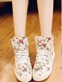Newest Casual printed-Sneakers Flat Heel Sneakers (black,cream)