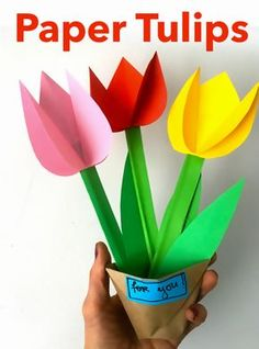 Creative ideas for tulips craft paper flowers tulips projects for children Halloween Crafts For Kids To Make, Diy For Kids, Homemade Crafts, Diy Crafts, Papier Kind, Origami For Beginners, Origami Design, Spring Crafts, Flower Crafts