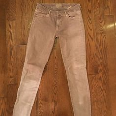 "KORAL Anthropologie beige skinny jeans, 29. SALE! Comfy beige skinny jeans Koral brand.  inseam measures 30"".  Like new. Can't ship until 6/1 Anthropologie Jeans Skinny"