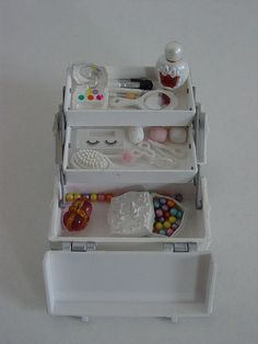 Miniature - Snow White's make up box | Flickr - Photo Sharing!