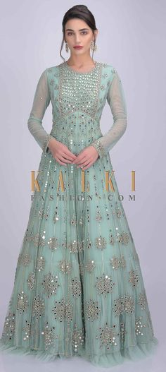 Mint green net anarkali suit with abla work. Adorned with mirror abla, cut dana and zardozi work in geometric floral pattern. Pakistani Formal Dresses, Pakistani Party Wear, Pakistani Fashion Casual, Indian Gowns Dresses, Indian Fashion, Bridal Anarkali Suits, Fashion Black, Korean Fashion, Casual Dresses