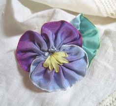 Ribbon Flower Pansy and Leaf Pin Brooch