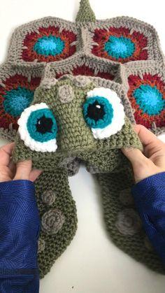 Crochet Cocoon, Crochet Cow, Manta Crochet, Crochet Gifts, Baby Blanket Crochet, Crochet Motif, Crochet For Kids, Crochet Designs, Crochet Dolls