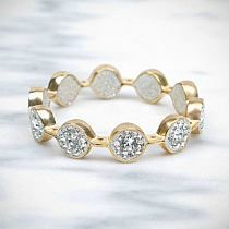OMG! Ssooo beautiful bracelet!