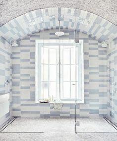 25 Living Minimalist Decor Ideas Trending This Year - Interior Design Bathroom Inspiration, Home Decor Inspiration, Decor Ideas, Bathroom Ideas, Bathroom Goals, Bathroom Inspo, Bathroom Designs, Small Bathroom, Bordeaux