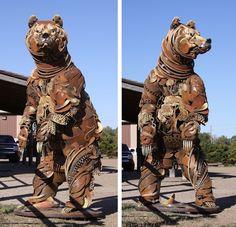 Il réalise d'incroyables sculptures d'animaux en soudant du vieux matériel agricole
