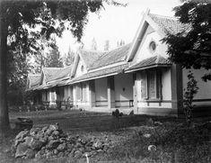Goed gebouwde Europese woningen aan de Karreweg in Semarang. 1905 -1915