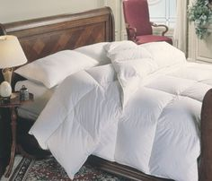 Down Comforter Alternative Duvet Insert Ultra Plush Baffle Box No Feathers Hypoallergenic Medium Weight All Season Year Round Reversible and Washable King/Cal King Size Oversized by 90 inch) King Size Comforter Sets, King Size Comforters, Down Comforter, Pottery Barn, Ikea, Ralph Lauren, Bedding Sets Online, Luxury Bedding, Quilts
