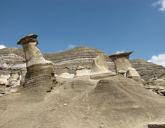 Drumheller HooDoos Canada 150, Alberta Canada, Places To Travel, Monument Valley, Places Ive Been, Drumheller Alberta, Mount Rushmore, Stuff To Do, To Go