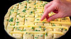 Już więcej nie kupuję chleb, piekę go sama wyłącznie wedle danego przepi. Stay At Home Chef, Garlic Paste, Pan Bread, Cheese Bread, Ciabatta, Kitchen Items, Finger Foods, Bread Recipes, Food And Drink