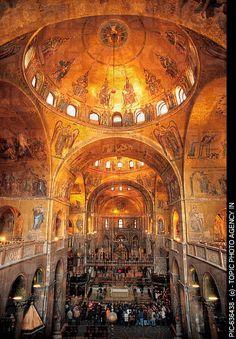 Basilica San Marco, Venezia, Italia. I stood on this balcony and cried it was so beautiful.