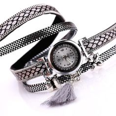 Hand Pick Style:Tassel Pendant Bracelet Quartz Watch Set