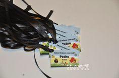 Cartão para lembrancinha com fita – Angry Birds  :: flavoli.net - Papelaria Personalizada :: Contato: (21) 98-836-0113 vendas@flavoli.net Festa Angry Birds, 98, Personalized Stationery, Ribbons