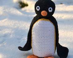 Crochet pattern - Easter hen by VendulkaM, amigurumi, crochet toy/digital pattern, DIY, pdf Crochet Penguin, Crochet Amigurumi, Crochet Toys, Crochet Animals, The Used, Double Crochet, Single Crochet, Easter Crochet Patterns, Slip Stitch