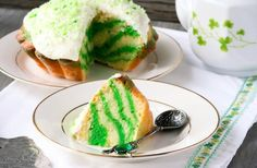 Green marble cake