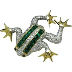 Vintage Gold Plated Invisibly Set Emerald Rhinestone Figural Frog Brooch
