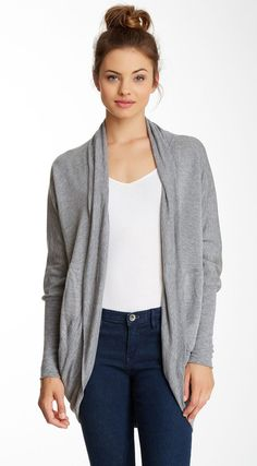 Love her hair, love the outfit too. Heather By Bordeaux | Cocoon Cardigan