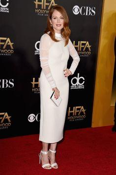 Pin for Later: All' eure Lieblingsstars drängelten sich bei den Hollywood Film Awards Julianne Moore