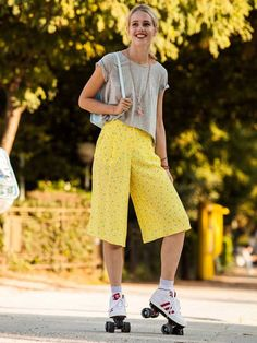 Knee-Length Culottes 03/2016