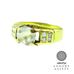 18ct #gold #diamond shoulders and white stone #ring