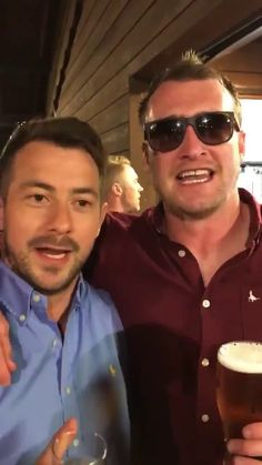 Greig Laidlaw and Stuart Hogg singing Calon Lân. Greig Laidlaw, Stuart Hogg, Scottish Rugby, International Rugby, Sport Inspiration, Rugby Players, Hot Boys, Glasgow, Wales