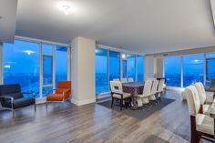 A dining room with a view!  510 6th Avenue SE - Mark D. Evernden & Associates | Engel & Völkers Canada