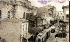 Laleli Ordu Caddesi üzerinde,şimdiki İst.Üniv.Fen-Ed.Fakültesi ile İst.Üniv. Merkez Kütüphanesi arsında kalan Bayezit Hamamı (Patrona Hamamı) - 1930'lar