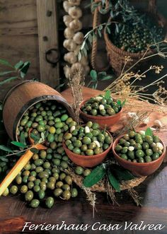 """One Of the """"Eat Pray Love"""" Italian masterpieces in one list - We suggest you to Cook the Italian Pizza! Antipasto, Extra Virgin Oil, Italian Olives, Agriculture Biologique, Olive Gardens, Fruit Art, My Secret Garden, Olive Tree, Fruits And Vegetables"""