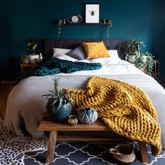 Beautiful and moody bedroom of - I love the mustard color here against the dark green wall . Home Bedroom, Bedroom Wall, Bedrooms, Bedroom Ideas, Green Bedroom Decor, Bedroom With Green Walls, Green Bedroom Colors, Green Wall Color, Mustard Bedroom