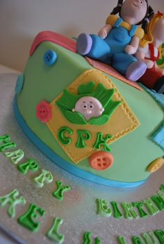 Cabbage patch kid cake. I love it :-D