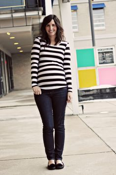 snappy casual:: this chick has super cute maternity outfits
