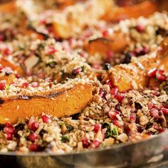 Já experimentou quinoa? É um cereal altamente antixodidante, com muitos benefícios para o seu organismo. Saiba mais aqui e experimente algumas receitas de quinoa.