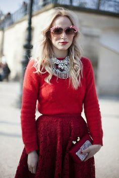 Blog mode Paris, bijoux mode saison, tendances bijoux 2014 -Suspicious Minds In Paris: Du rouge