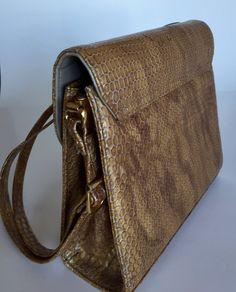 Immaculate inside and out. Snake Skin, Shoulder Bag, Handbags, Retro, Vintage, Products, Totes, Rustic, Hand Bags