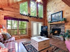 VRBO.com #504587 - Jan. & Feb. Special! $80/Night! Amazing Deal, Beautiful Cabin!