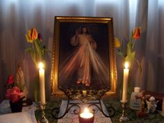 catholic home altars - Google Search  Note to self..you do not have to be catholic to see the art and beauty in this respectful little space