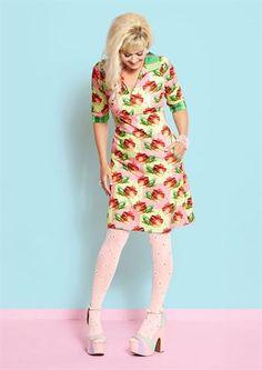 Margot kjole Heather Hifi no 781 / dress Margot MWM wear forårs nyheder 2017 Quirky Fashion, Mod Fashion, Fashion Heels, Womens Fashion, Pink Tights, White Tights, Pantyhose Outfits, Stocking Tights, Nylon Stockings