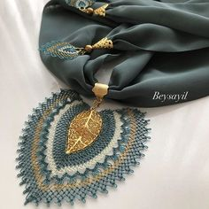 Beysayil (@igneoyalarim_beysayil) | Instagram photos and videos Crochet Bra, Filet Crochet, Embroidery On Clothes, Scarf Jewelry, Scarf Necklace, Macrame Necklace, Homemade Jewelry, Button Crafts, Lace Flowers