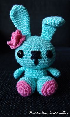 Spring bunny. Free Pattern from All About Ami -blog.
