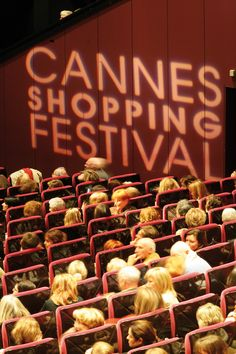 Cannes Shopping Festival  Photographe Kelagopian  www.cannes-destination.fr/evenements-cannes/shopping-festival