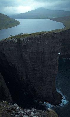 Sørvágsvatn, Faroe Islands (by arghfar on Flickr )