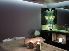 Hôtel Aigle des Neiges **** à Val d'Isère (Maranatha Hotels) - Deep Nature Spa Val D'isère, Bathroom Lighting, Spa, Deep, Mirror, Nature, Furniture, Home Decor, Eagle