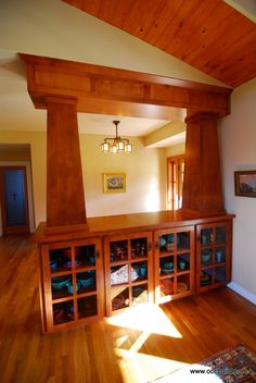 If we take out the wall between the kitchen & living room, something like this (more diminutive) might work if we need to maintain load bearing studs Taylor Craftsman Style Interiors, Craftsman Living Rooms, Bungalow Interiors, Craftsman Interior, Bungalow Homes, Craftsman Style Homes, Craftsman Bungalows, Arts And Crafts Interiors, Arts And Crafts Furniture
